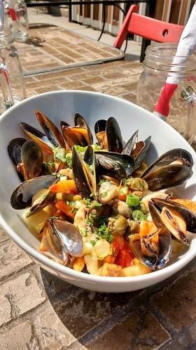 queue_poisson_restaurant_poissonnerie_poutine